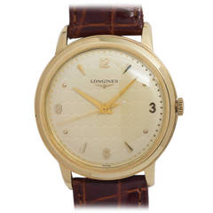 Longines Yellow Gold Wristwatch with Center Seconds circa 1950s