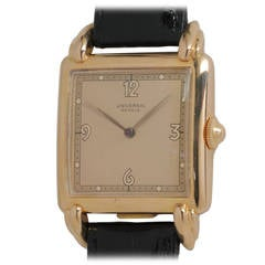 Universal Rose Gold Square Wiristwatch circa 1950s