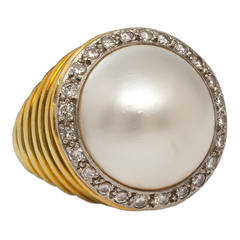 Vintage Mabe Pearl Diamond 18 Karat Yellow Gold Cocktail Ring, circa 1960s