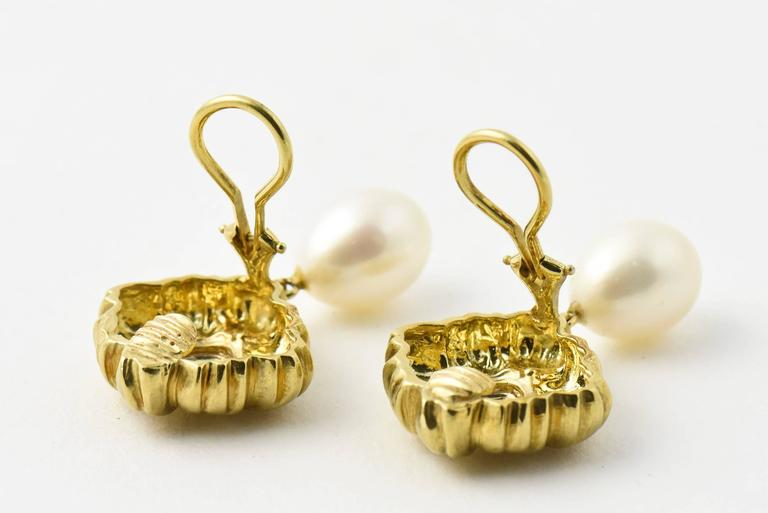 Stylized Diamond Gold Flower Earrings with Pearl Drops In Excellent Condition For Sale In Miami Beach, FL