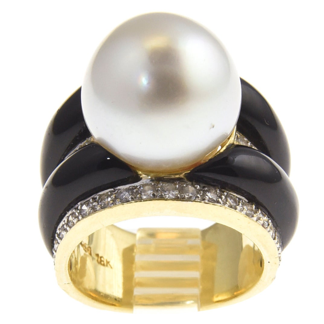 1970s Onyx  South Sea Pearl Diamond Gold Dome Ring For Sale