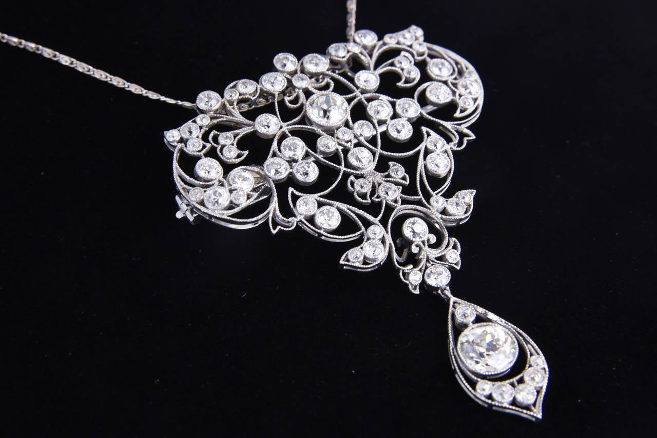 Belle Époque Diamond Platinum Floral Brooch Pendant For Sale 4
