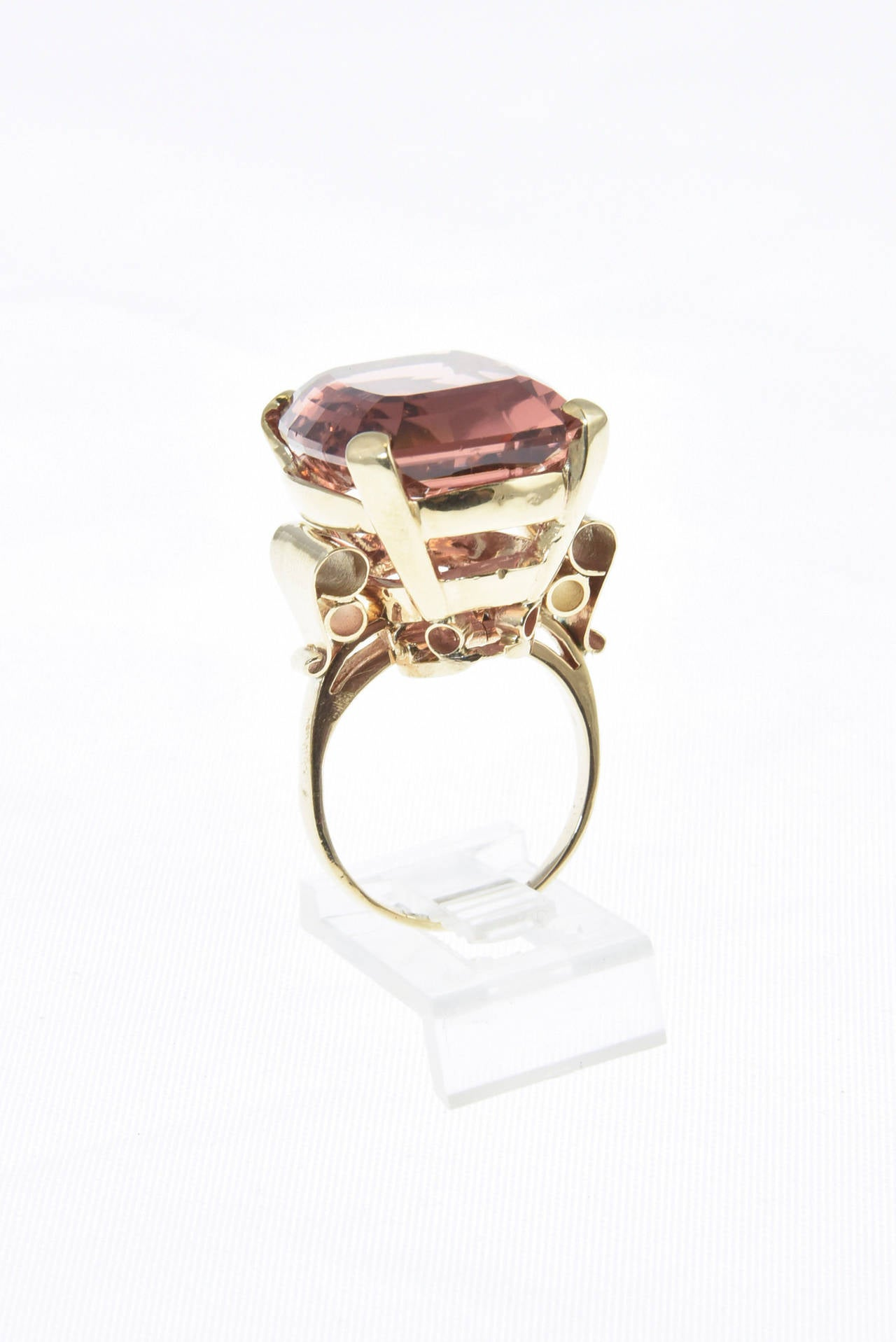 Large High Quality Peach Pink Tourmaline Gold Cocktail