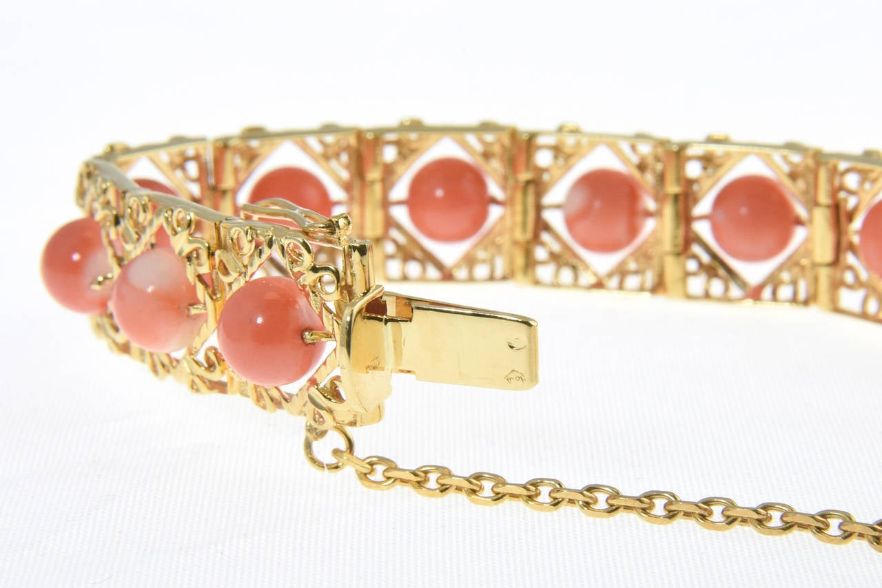 Women's 1970s Highly Stylized Coral Gold Link Bracelet For Sale