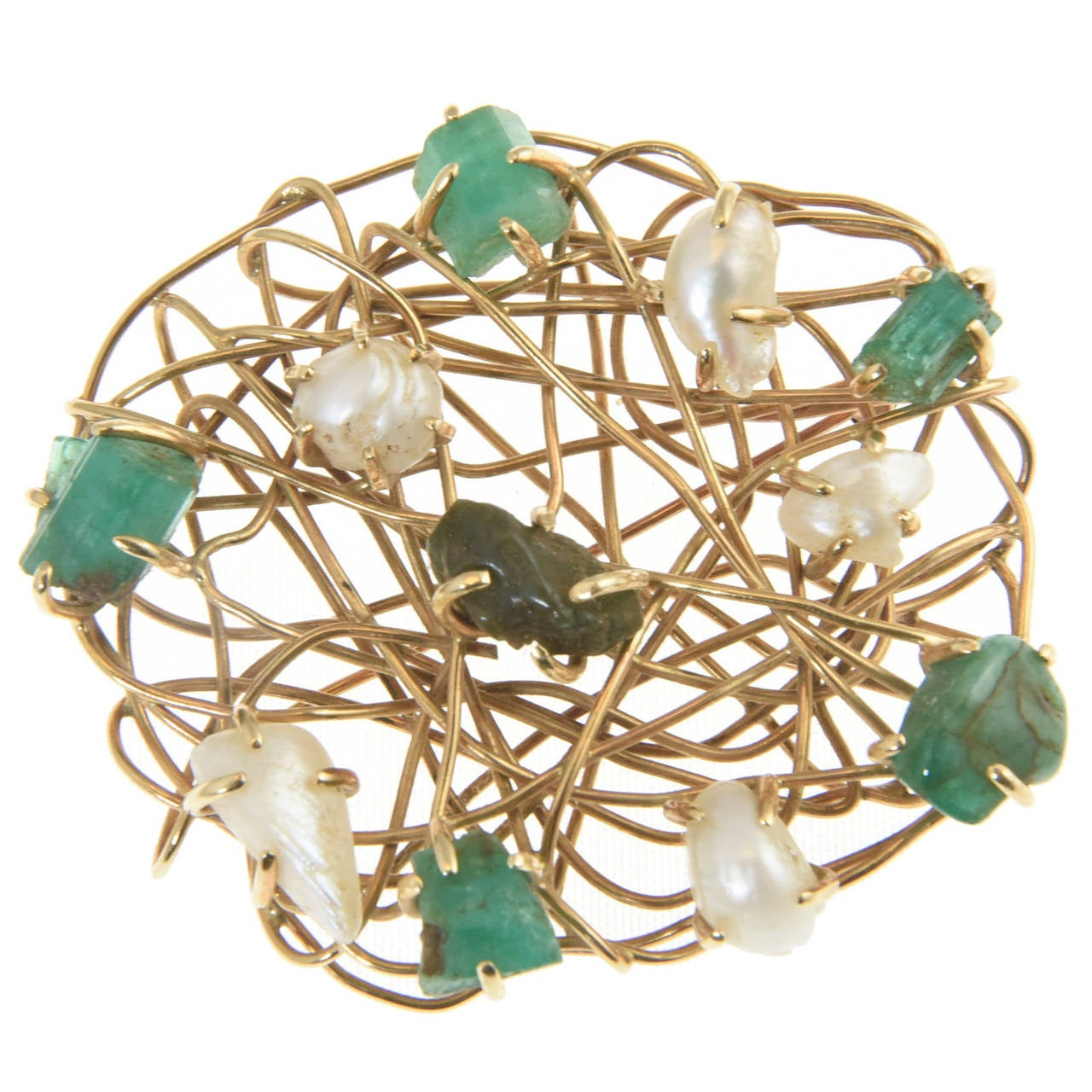 1960s Freeform Cultured Pearl Emerald Gold Wire Brooch