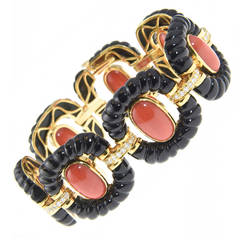 Dramatic Onyx Coral Diamond Gold Link Bracelet