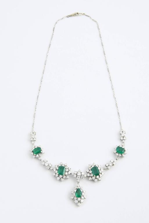 1950s Zambian Emerald, Diamond and Gold Necklace, Red Carpet Style For Sale 6