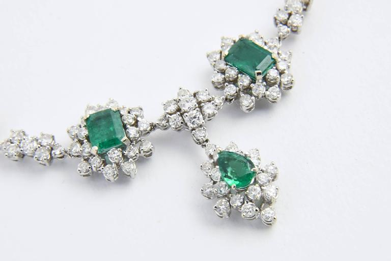 1950s Zambian Emerald, Diamond and Gold Necklace, Red Carpet Style In Excellent Condition For Sale In Miami Beach, FL