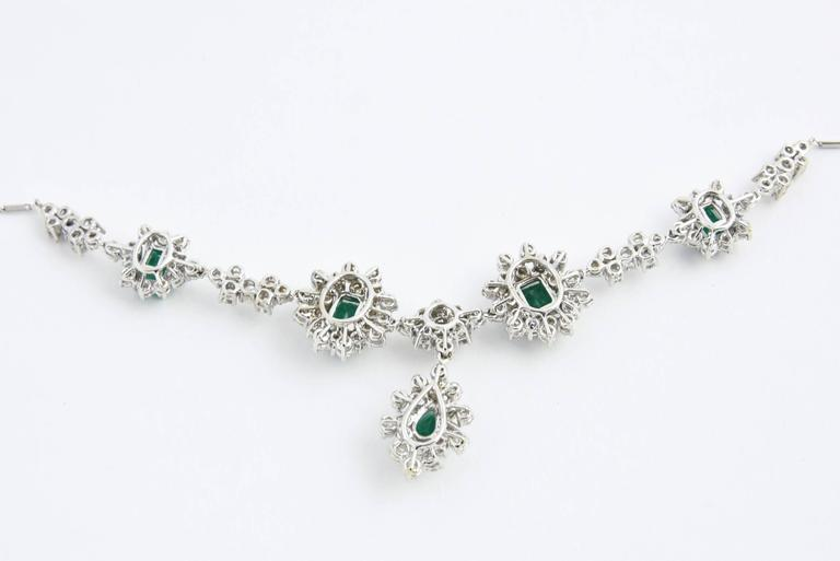 1950s Zambian Emerald, Diamond and Gold Necklace, Red Carpet Style For Sale 5