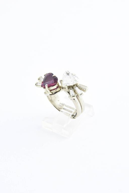 Toi et Moi Ruby Diamond Hearts Bypass White Gold Ring In Excellent Condition For Sale In Miami Beach, FL