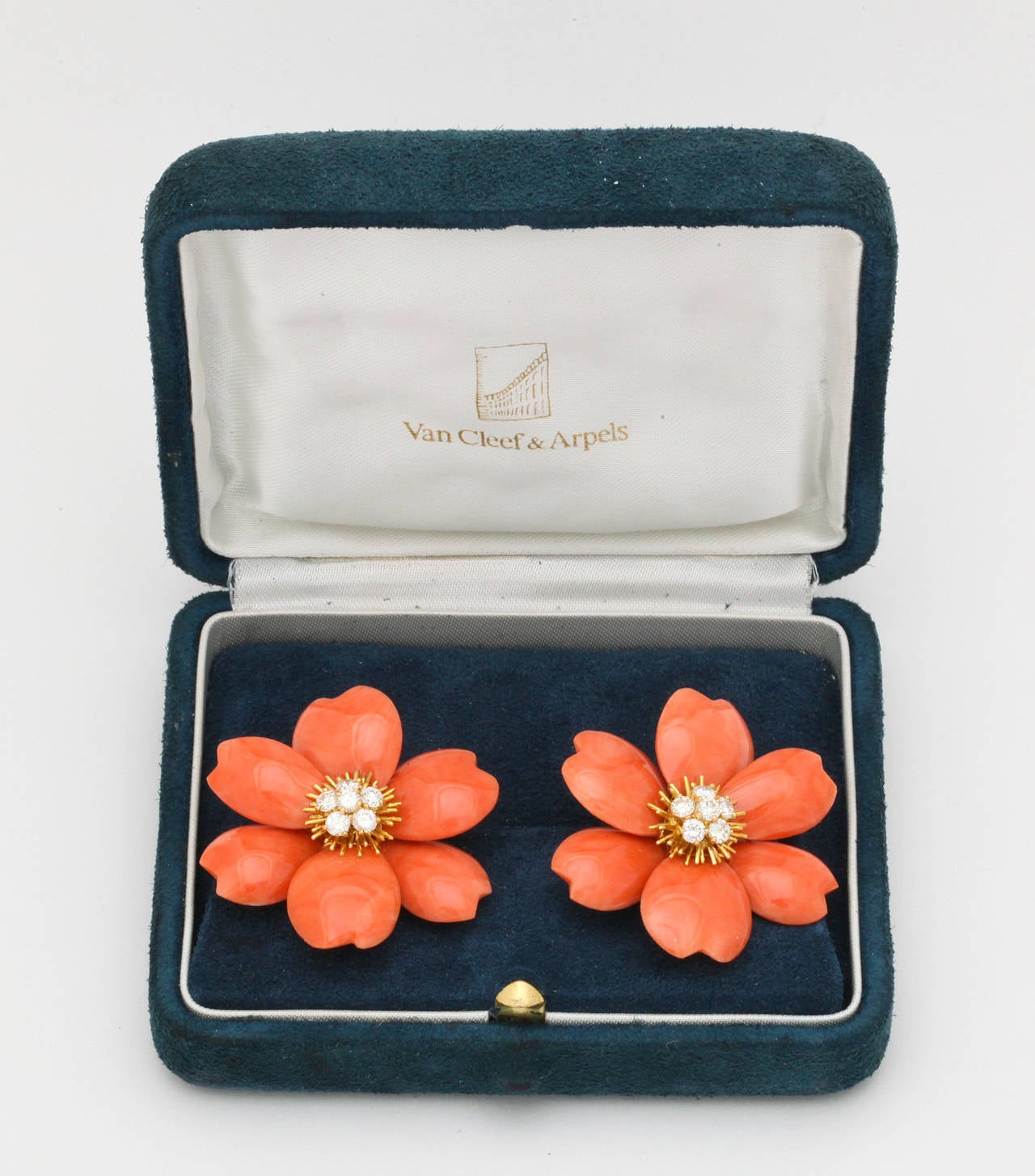 Van Cleef & Arpels Coral Diamond Gold Rose de Noel Earclips 4