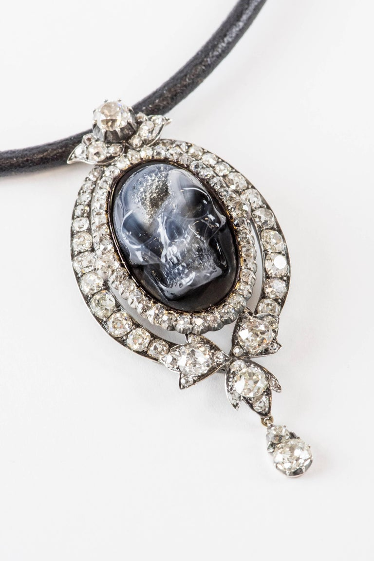 Antique Diamond Carved Drusy Agate Geode Skull Pendant Necklace In Excellent Condition For Sale In Bal Harbour, FL