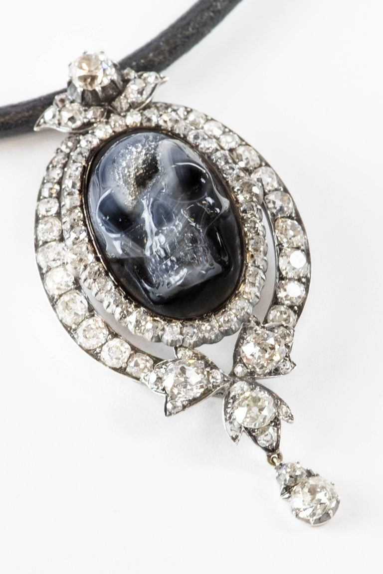 Women's Antique Diamond Carved Drusy Agate Geode Skull Pendant Necklace For Sale