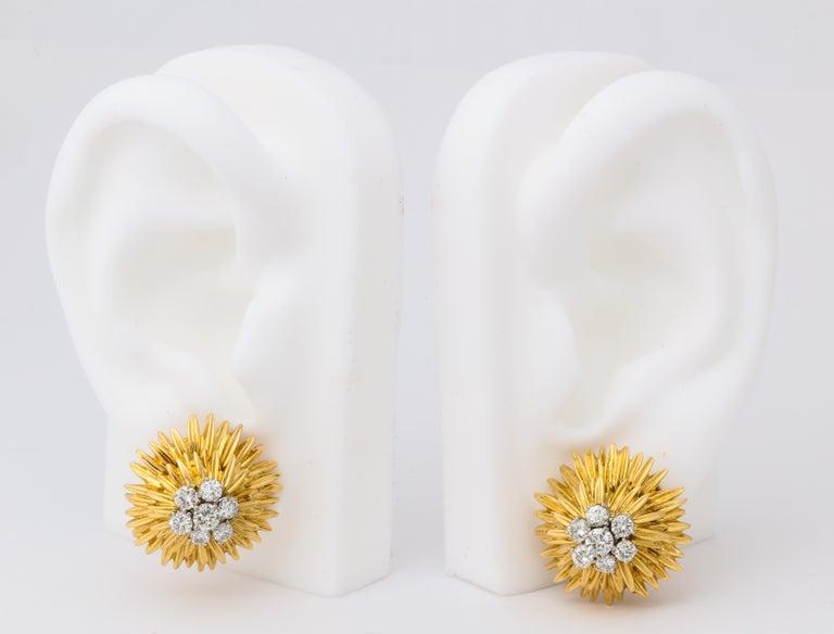 1960s Van Cleef & Arpels Paris Gold Diamond Earrings In Excellent Condition For Sale In Bal Harbour, FL