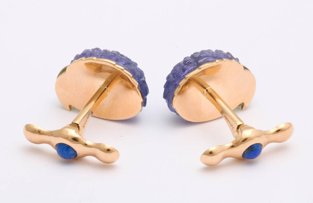 Michael Kanners Tanzanite Gold Parrot Cufflinks For Sale 2