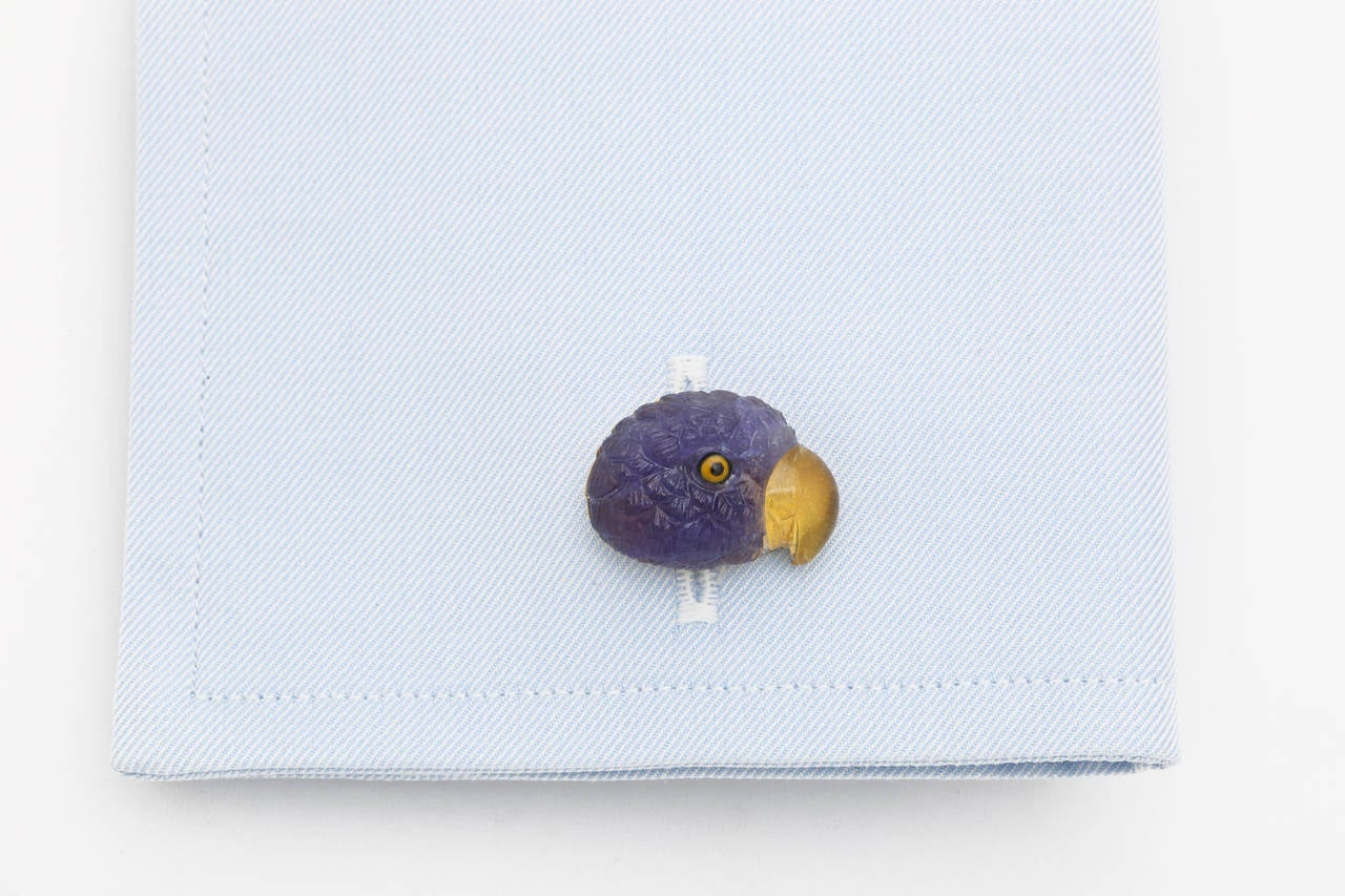 Michael Kanners Tanzanite Gold Parrot Cufflinks In As new Condition For Sale In Bal Harbour, FL