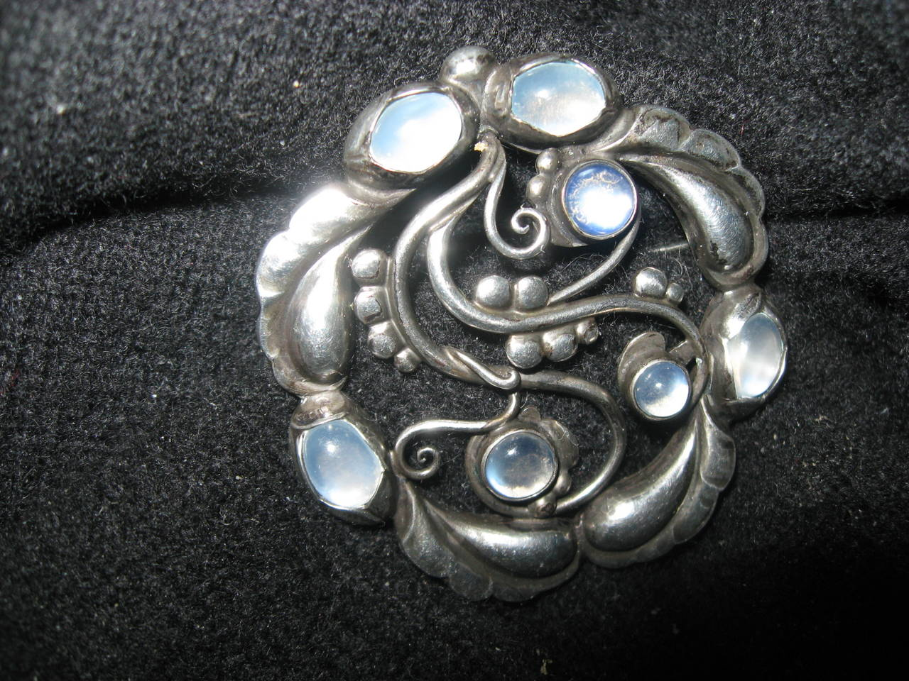 enamel an nyr and brooch lot gold details lalique by art nouveau moonstone enam rene lotfinder