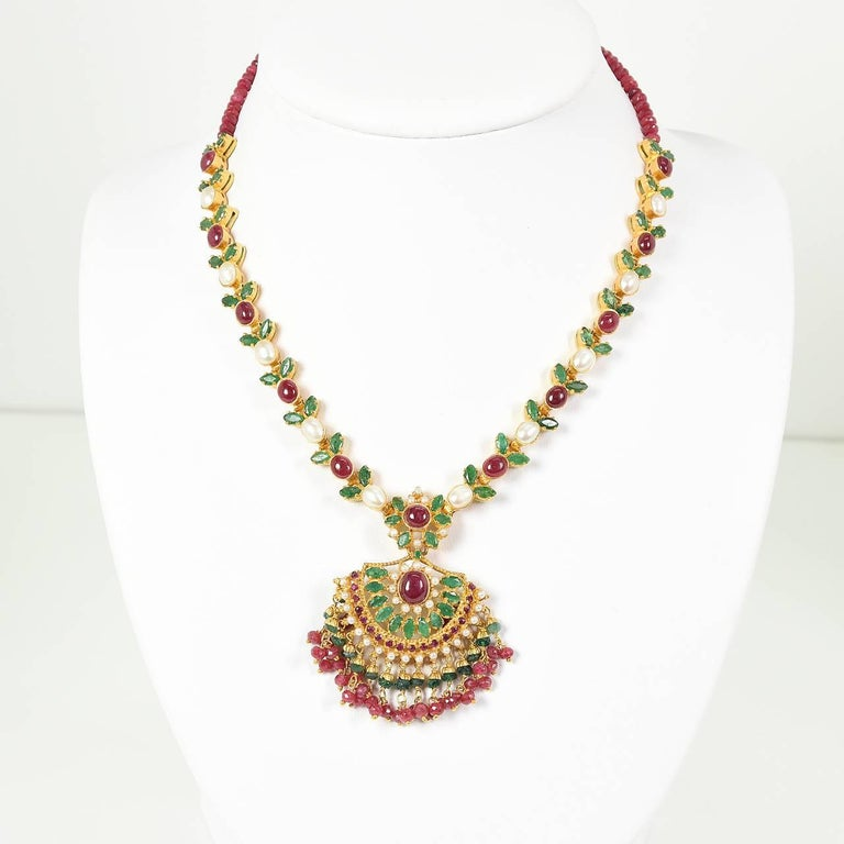 Brand new Indian Ruby, Emerald and Pearl Necklet, Earrings and Bracelet For  ME76