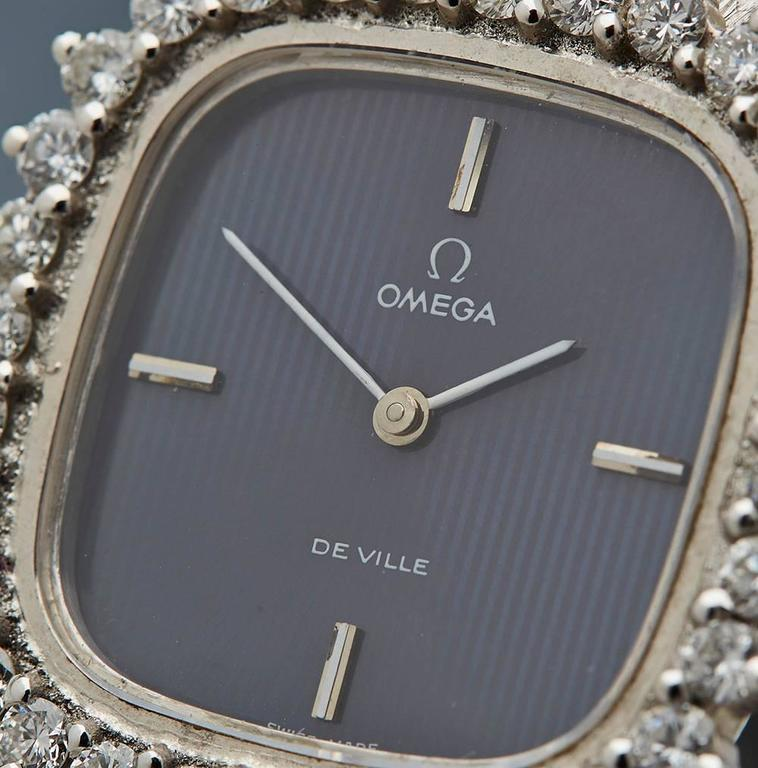 Omega Ladies De Ville White Gold Diamonds Mechanical Manual Wind Wristwatch In Excellent Condition In Bishop's Stortford, Hertfordshire