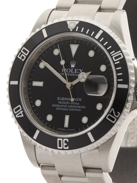 Rolex Submariner Stainless Steel Gents 16610 In Excellent Condition For Sale In Bishop's Stortford, GB
