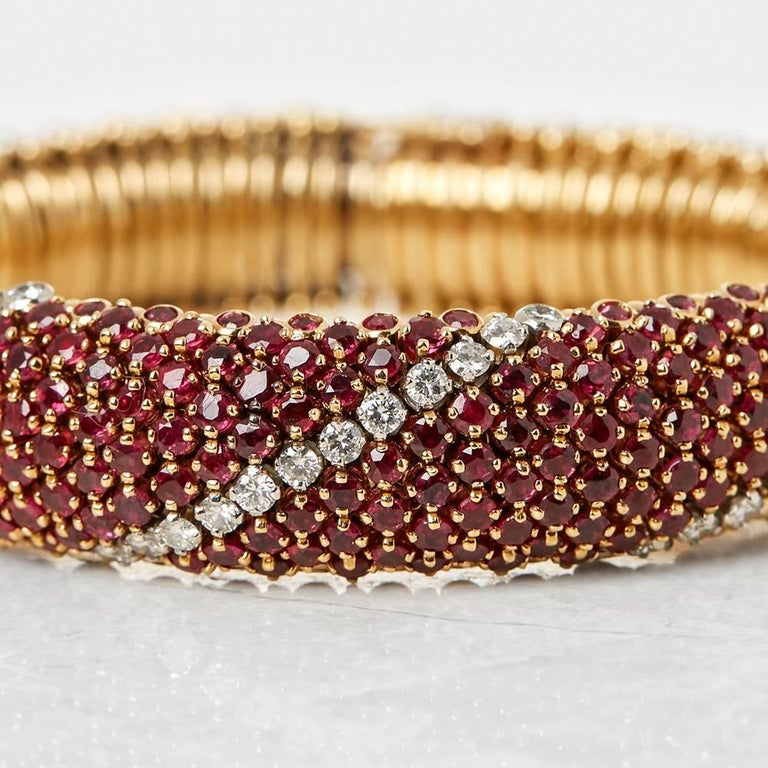 Round Cut Van Cleef & Arpels 18 Karat Yellow Gold Ruby & Diamond Vintage Bracelet  For Sale