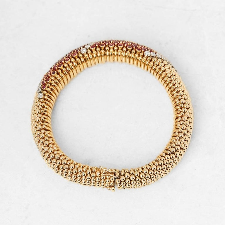Van Cleef & Arpels 18 Karat Yellow Gold Ruby & Diamond Vintage Bracelet  For Sale 3