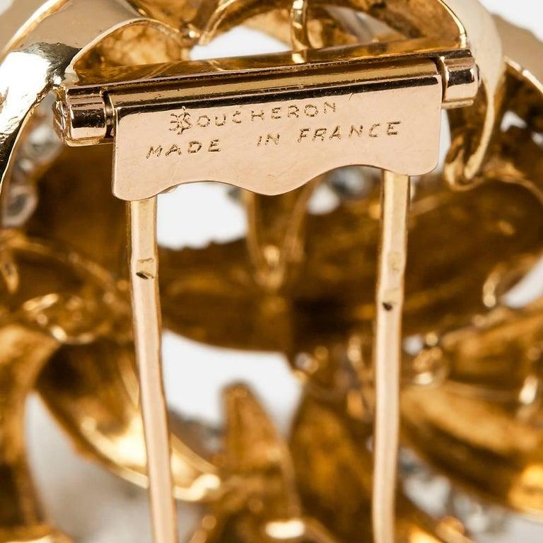 Boucheron 18 Karat Yellow Gold Round Brilliant Cut Diamond Vintage Brooch For Sale 5