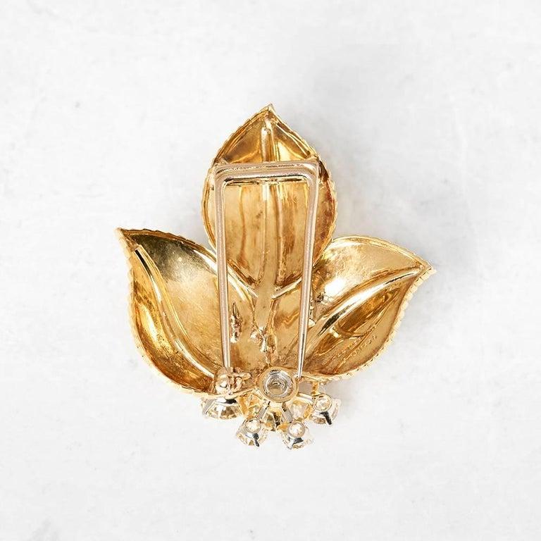 Cartier 18 Karat Yellow Gold Diamond Three Leaf Vintage Brooch For Sale 1