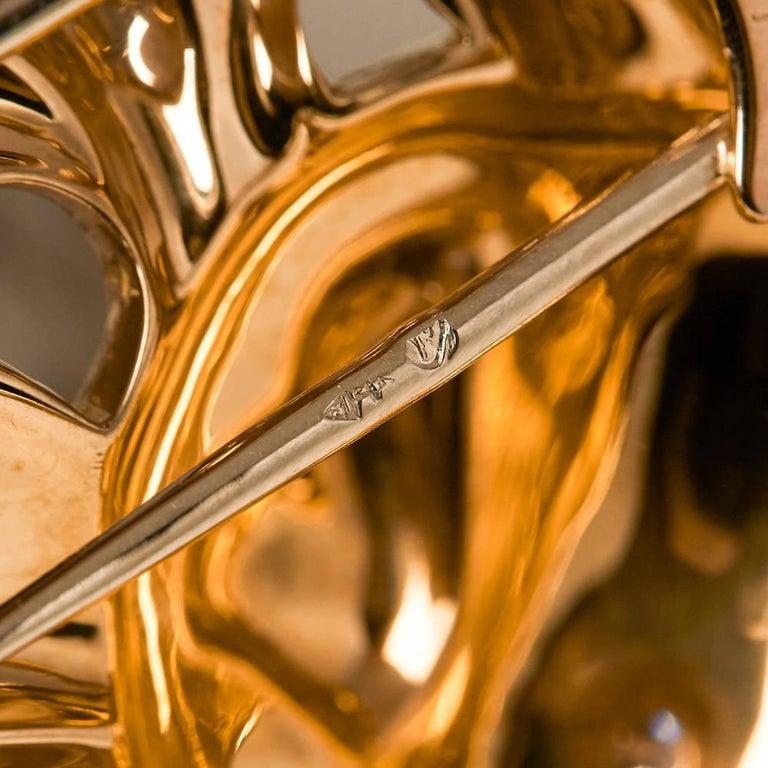 Van Cleef & Arpels 18 Karat Yellow Gold Diamond Vintage Fish Brooch For Sale 2