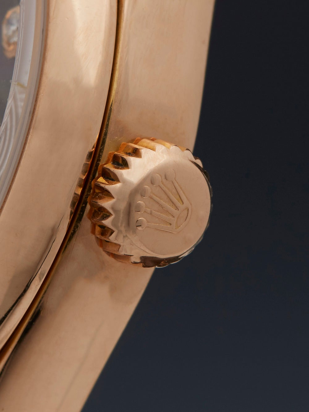 Rolex Lady's Rose Gold Mother-of-Pearl Dial Automatic Wristwatch Ref 118205 4