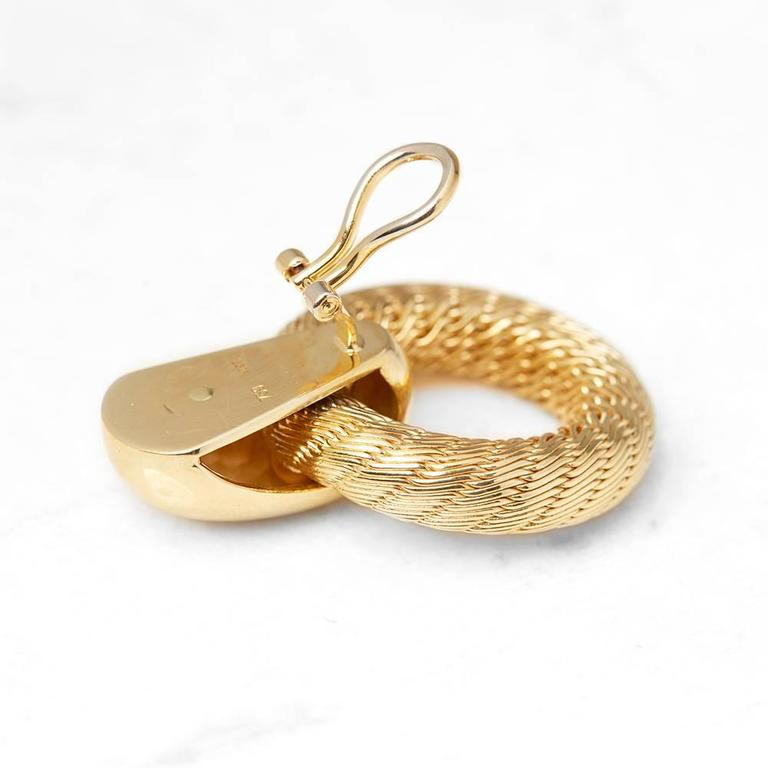 Women's Tiffany & Co. 18 Karat Yellow Gold Woven Hoop Vintage Clip-On Earrings For Sale