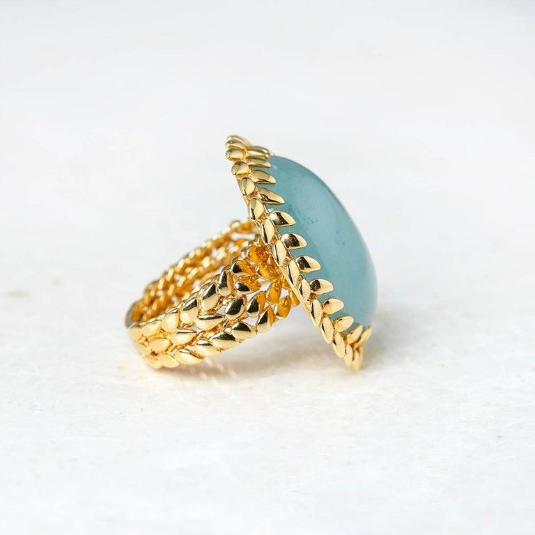 Women's Carla Amorim 18 Karat Yellow Gold Cabochon Aquamarine Cocktail Ring For Sale