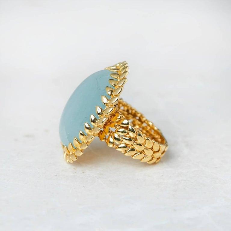 Carla Amorim 18 Karat Yellow Gold Cabochon Aquamarine Ring In Good Condition For Sale In Bishop's Stortford, Hertfordshire