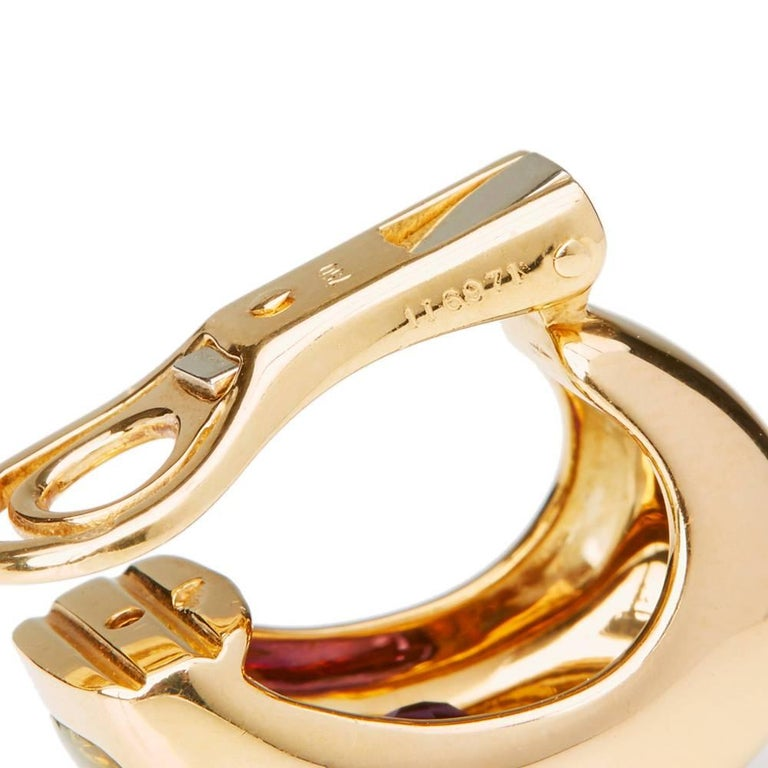 Chanel 18 Karat Yellow Gold Amethyst Peridot Clip-On Baroque Earrings  For Sale 3