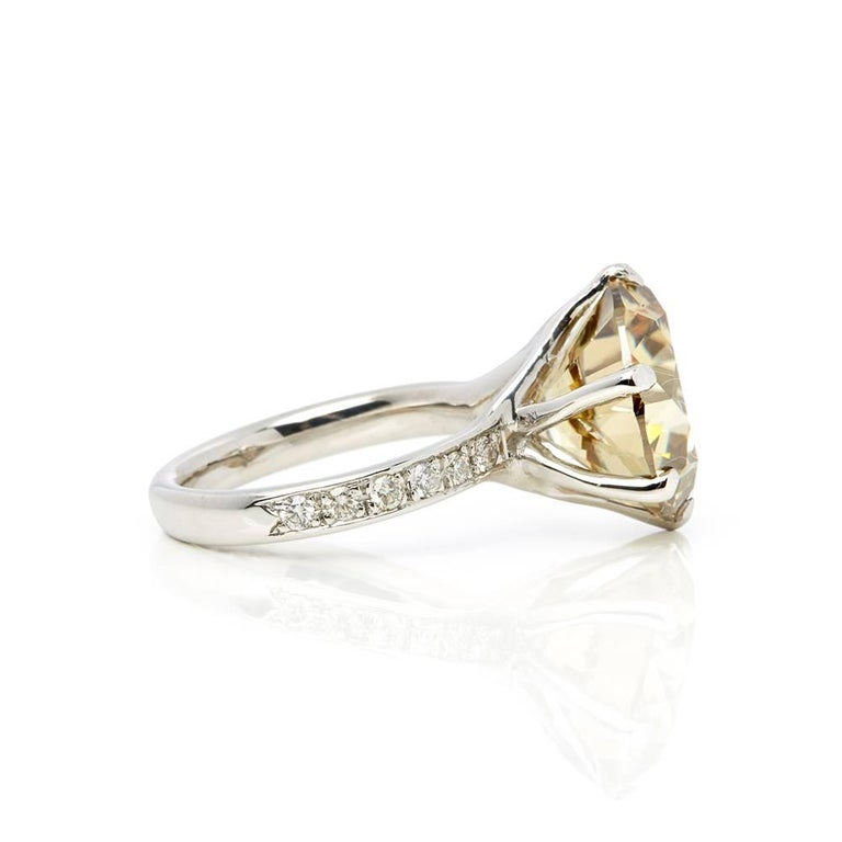 Round Cut 18 Karat White Gold Moissanite Diamond Cocktail Ring For Sale