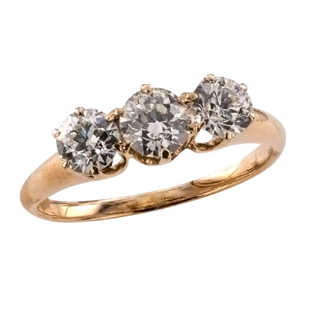 Victorian Three-Stone Diamond Gold Engagement Ring 2