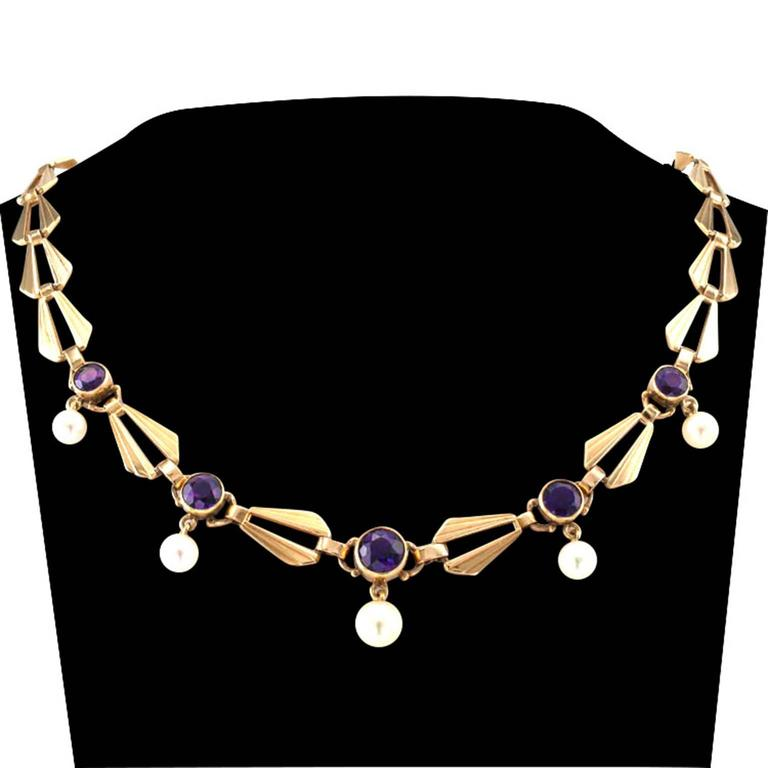 Retro Amethyst Cultured Pearl Gold Necklace In Excellent Condition For Sale In Los Angeles, CA
