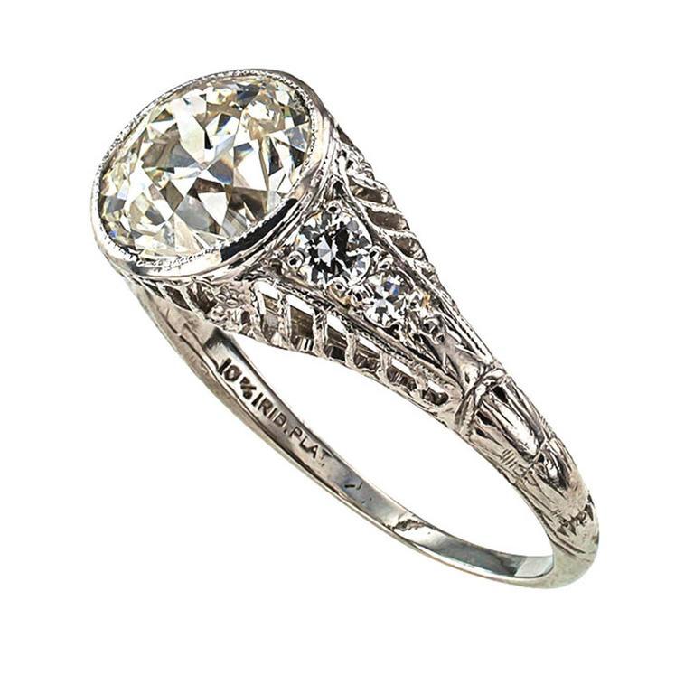Women's or Men's Edwardian 1.84 Carat Diamond Platinum Engagement Ring