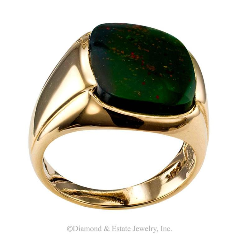 1940s Bloodstone Gentleman's Ring In Excellent Condition In Los Angeles, CA