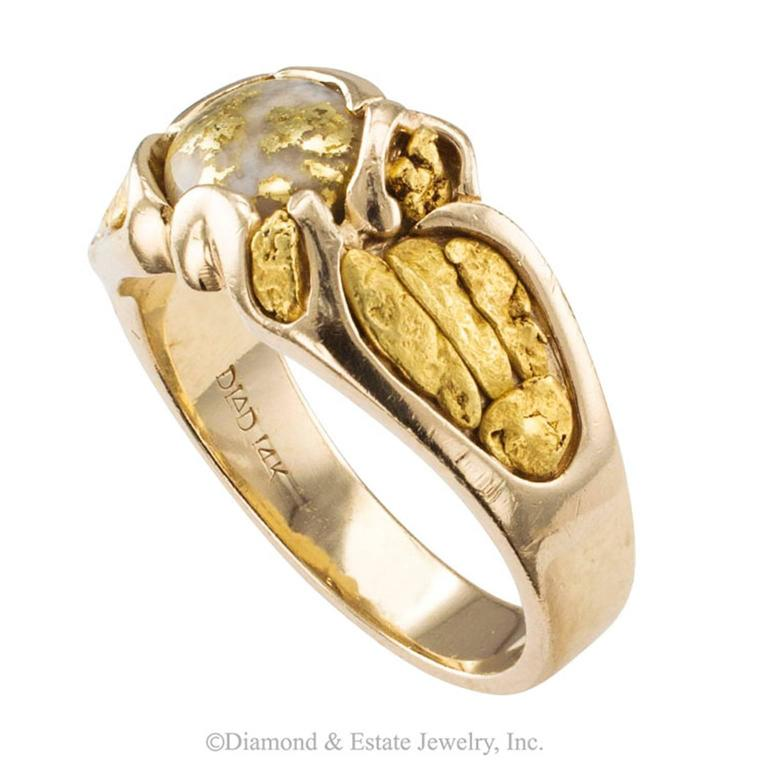 Gold Quartz and Gold Nugget Ring In Excellent Condition In Los Angeles, CA