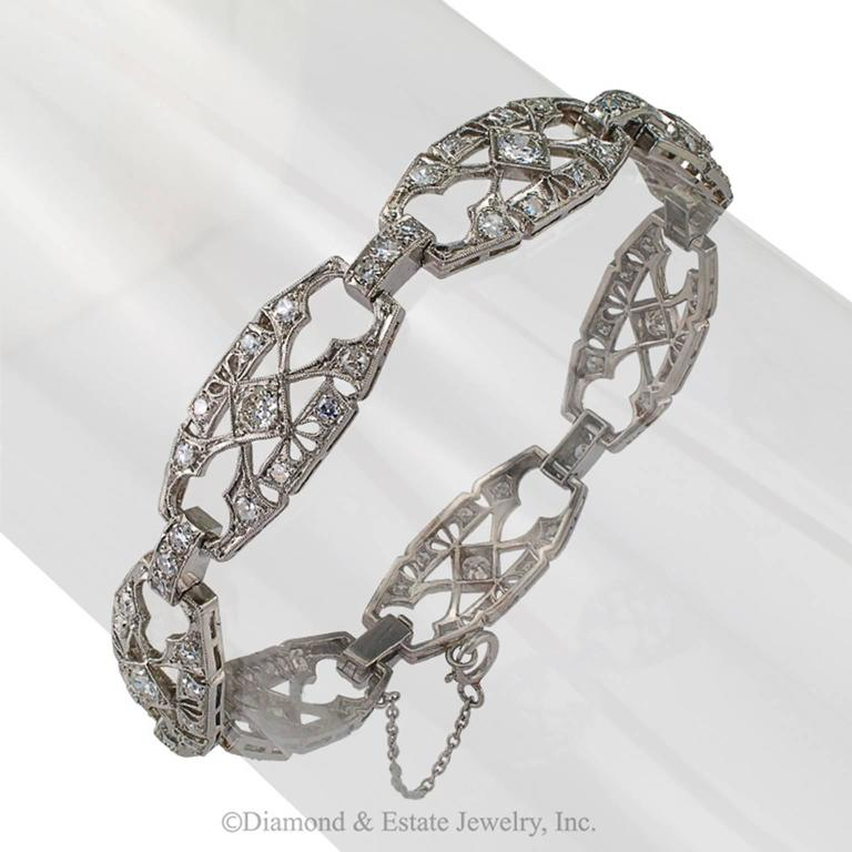 1930s Art Deco Diamond and Platinum Bracelet 3