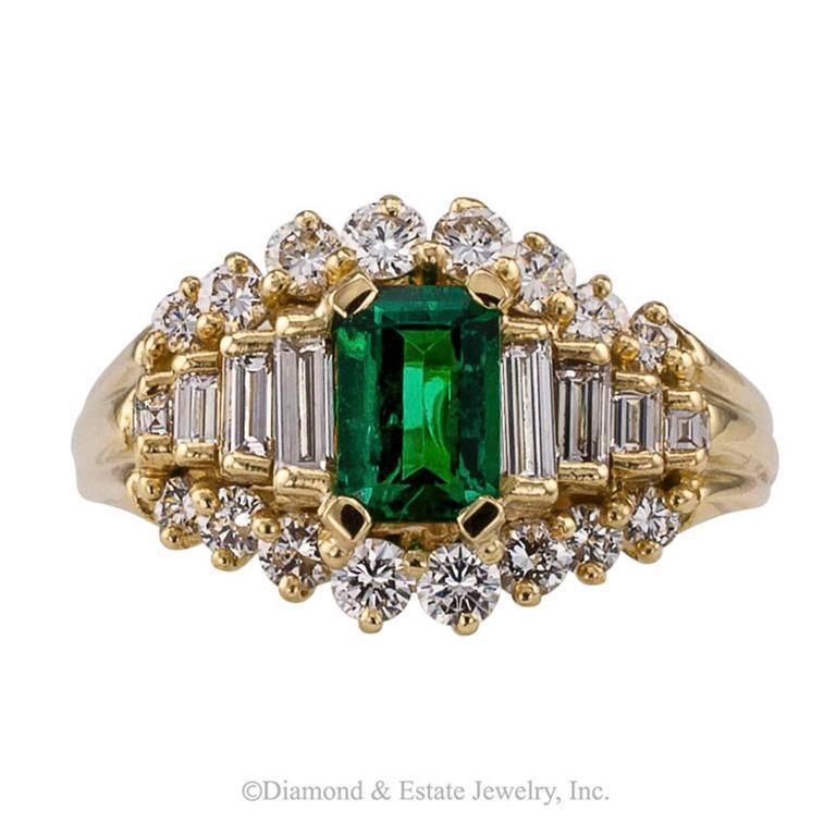 Contemporary Emerald-cut Emerald Diamond Yellow Gold Ring For Sale