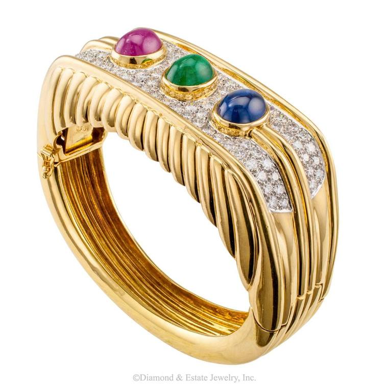 Women's or Men's 1980s Diamond Emerald Ruby Sapphire Gold Bangle Bracelet For Sale