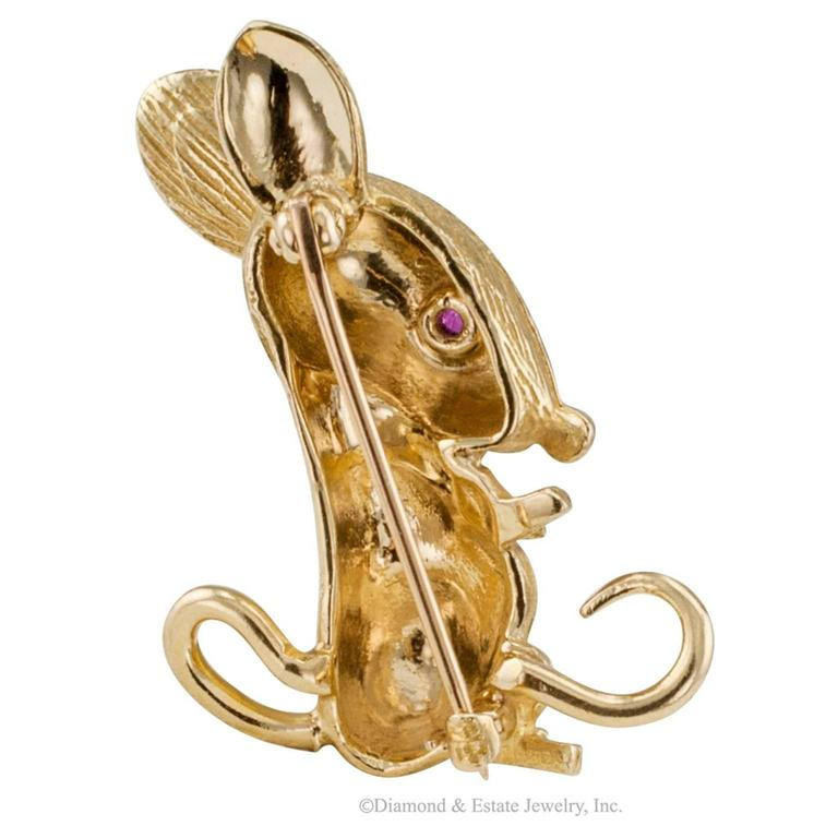 Contemporary 1960s Mouse Brooch Ruby Gold For Sale