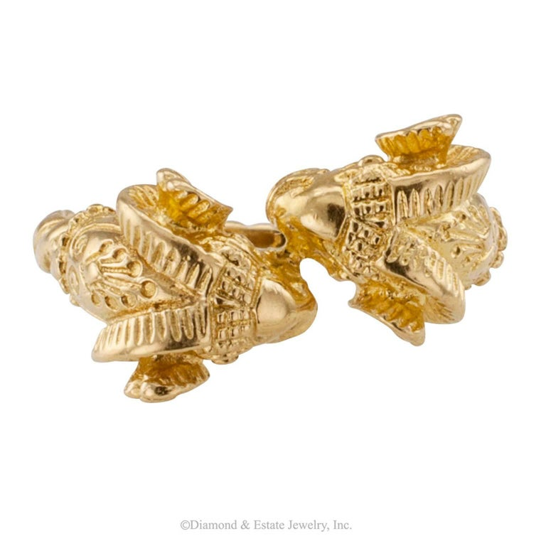 Lalaounis 1980s Twin Ram Heads Gold Ring In Excellent Condition For Sale In Los Angeles, CA