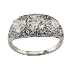 Edwardian Old European Cut Three-Stone Diamond Platinum Ring