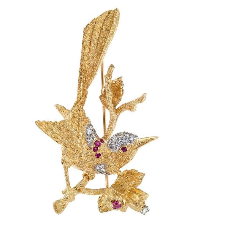 1960s Diamond Ruby Gold Bird Brooch 4
