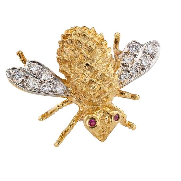 Modern Rosenthal 1970s Honeybee Diamond Ruby Gold Brooch For Sale