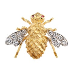 Rosenthal 1970s Honeybee Diamond Ruby Gold Brooch