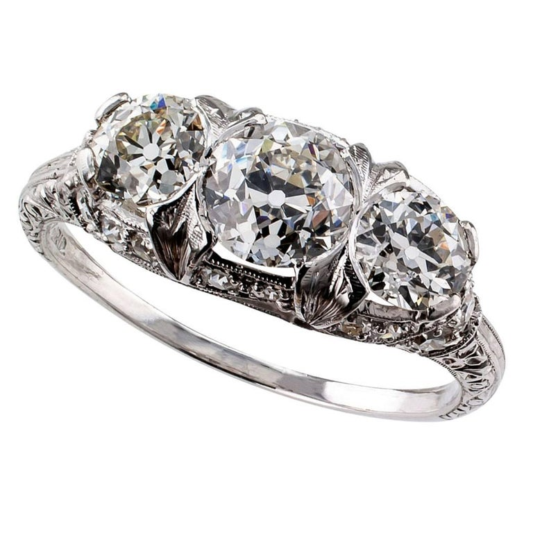 1925 Art Deco Three-Stone Old European Cut Diamond Platinum Ring